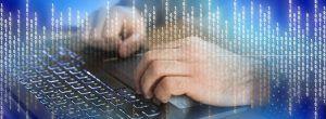Facebook-algoritme-toetsenbord-met-handen